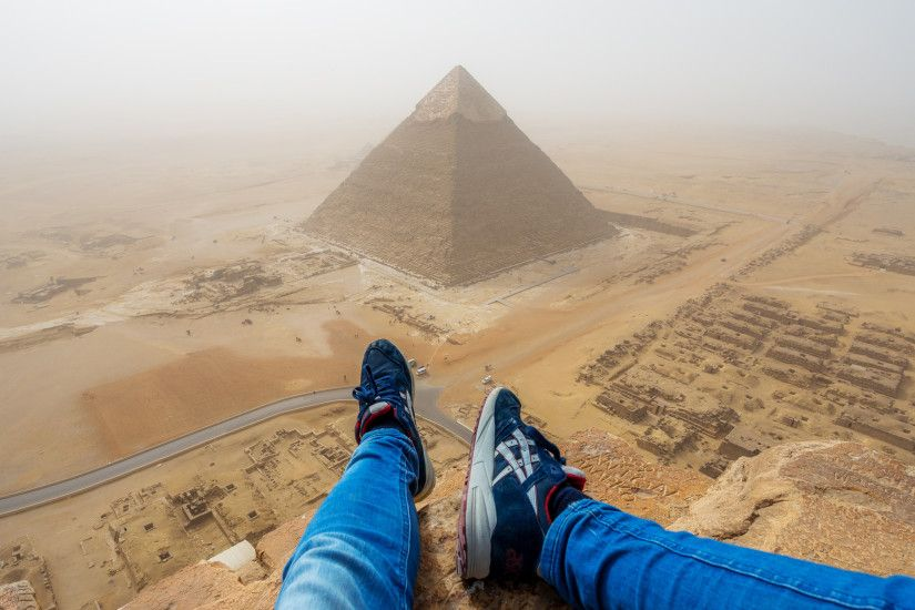 Video shows tourist illegally climb Great Pyramid of Giza in Egypt | The  Independent