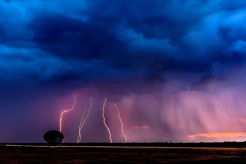 Lightning Thunder Thunderstorm Landscape Nature Dark Clouds Stormy Night  Rain Images - 1920x1200