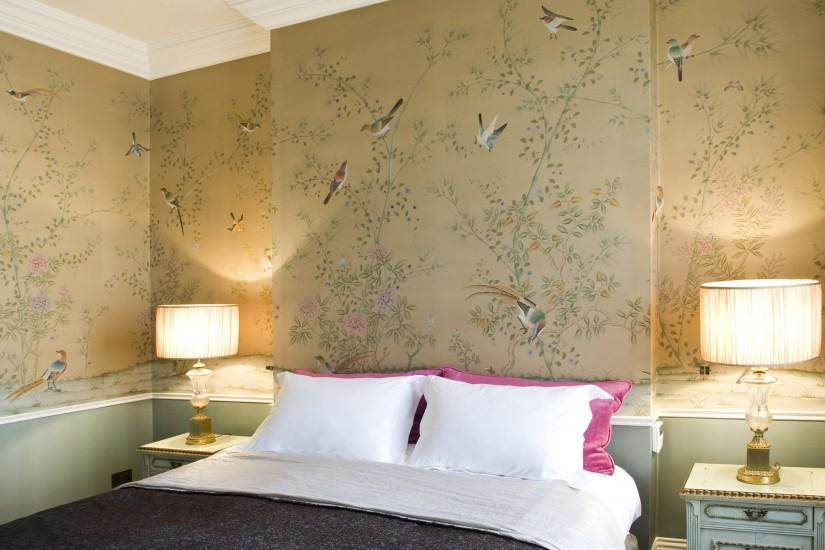 Chinoiserie Wallpaper Plum Blossom Non-woven Hand Made Metallic .