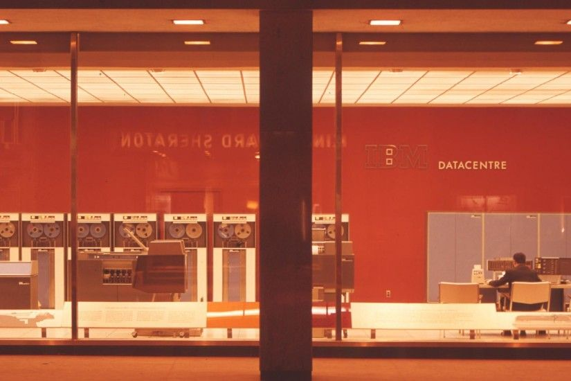 3840x1080 IBMs Datacenter In 1960s