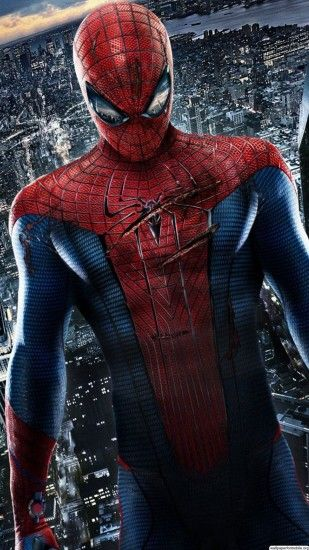 just watched Spider-Man 1 again and I'm like in love. I want him to be  reallll!