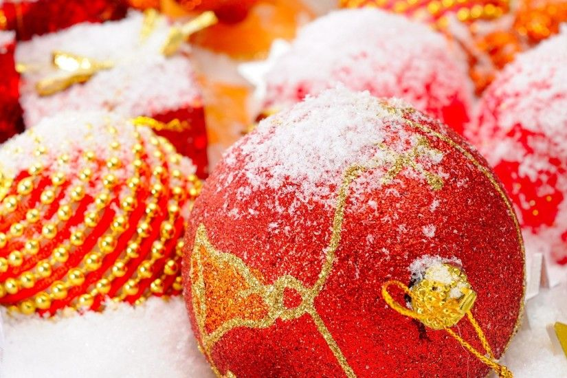 Christmas Balls Wallpaper 06