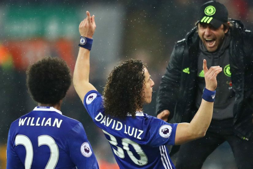 HD David Luiz Chelsea celebrate v Liverpool. ""