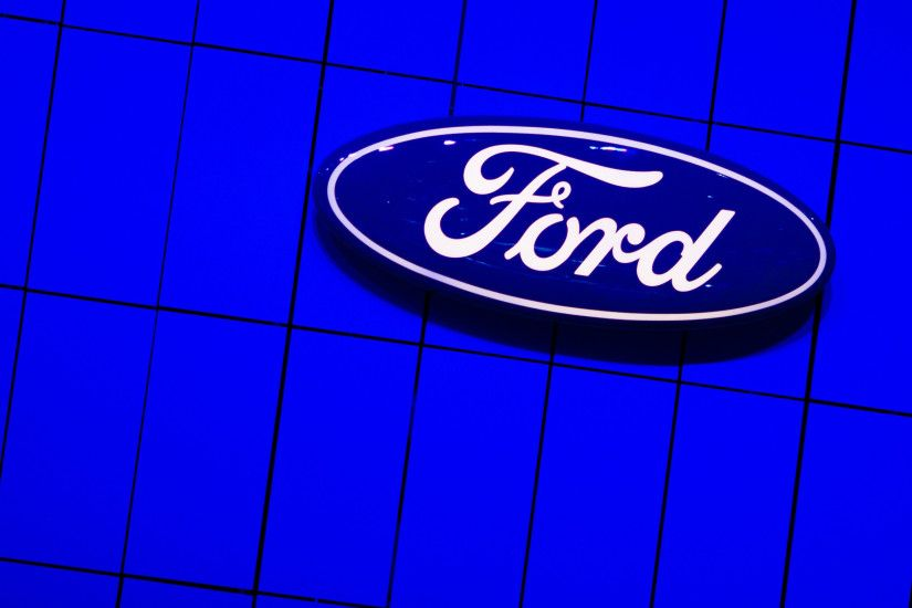 American-ford-wallpaper-logo-2560x1600