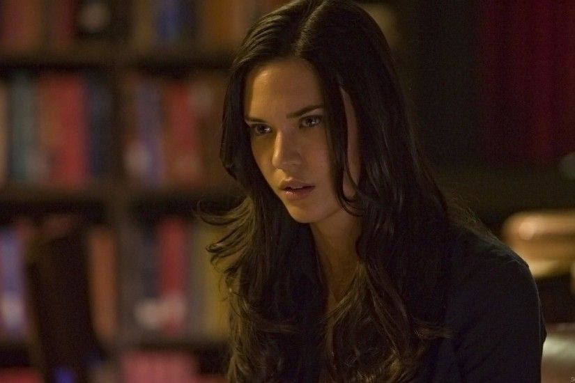 Odette Annable wallpapers for iphone