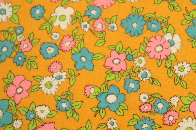 vintage 1960s flower power cotton fabric