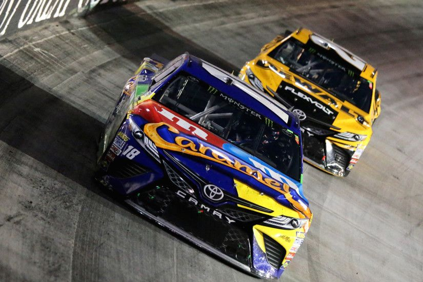 Kyle Busch sweeps at Bristol with a victory in the NASCAR Cup race - LA  Times