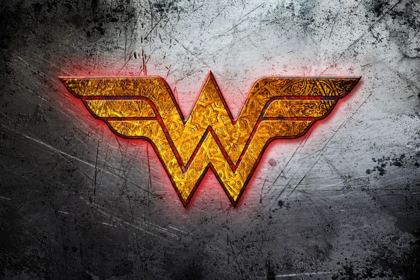 Wonder Woman golden logo wallpaper