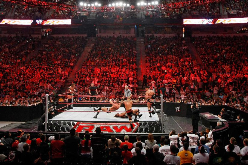 What to look for on WWE Raw: April 20, 2015