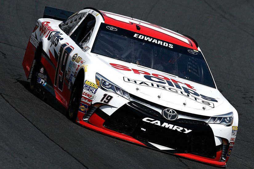 Carl Edwards on pole for NASCAR at New Hampshire | NASCAR | Sporting News