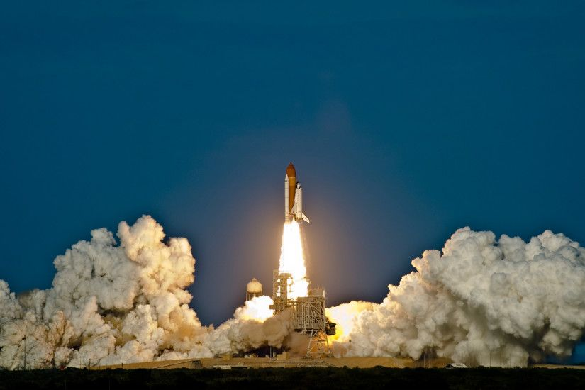 Space shuttle discovery launch wallpapers hd wallpapers .