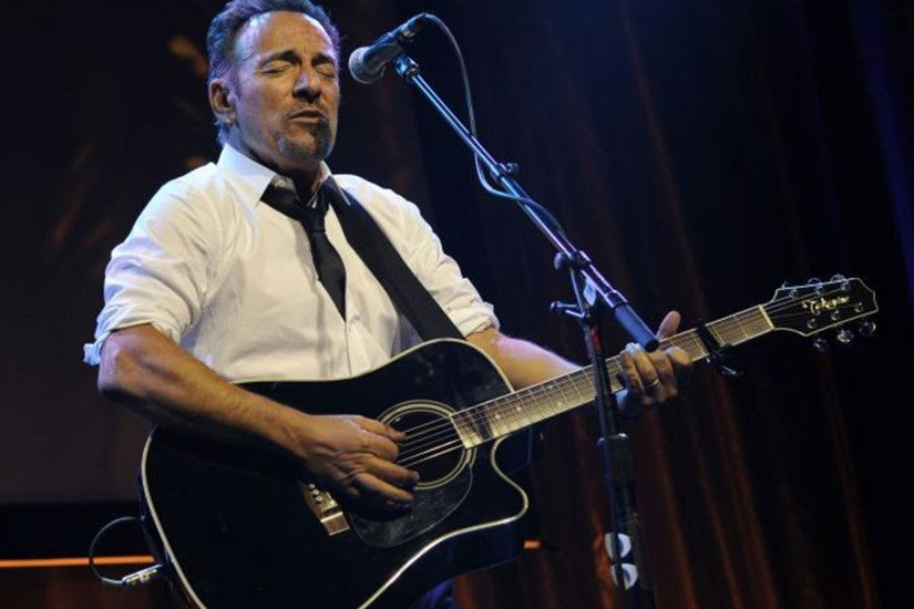 Bruce Springsteen writes first children's book about bank-robber Outlaw  Pete | The Independent