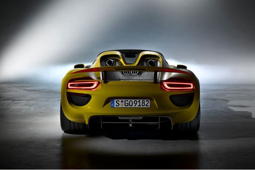 Vehicles - Porsche 918 Spyder Wallpaper