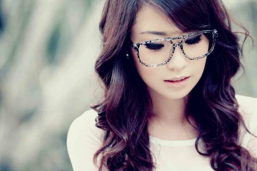 Cute-Girl-Asian-Model-Glasses-Hd-Wallpaper