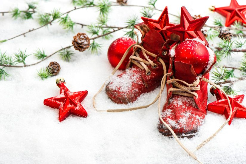 Christmas Decorations Red Boots In Snow Desktop Wallpaper Uploaded by  DesktopWalls