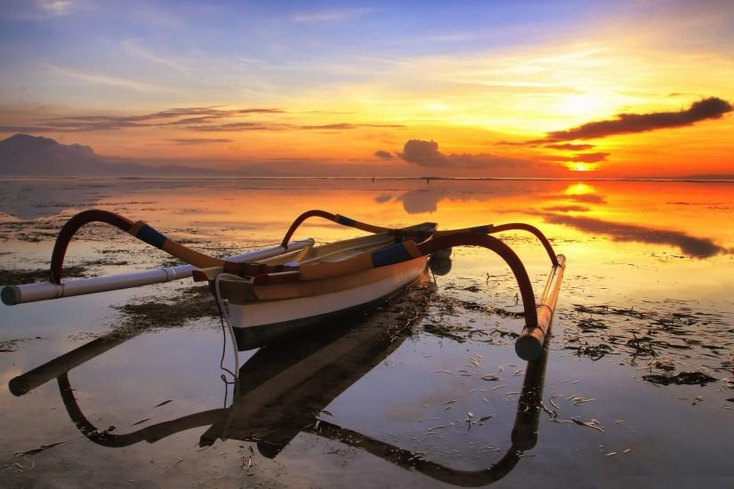 ... Free download fishing boat wallpapers HD.