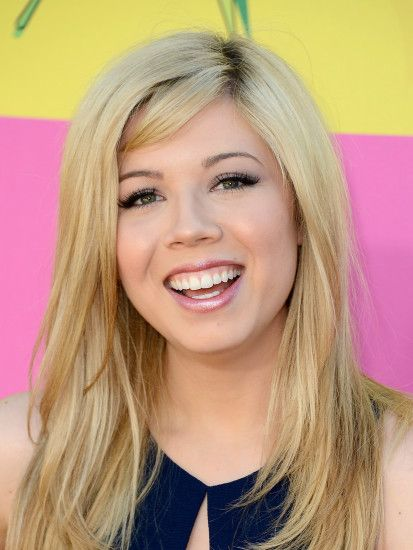 Jennette McCurdy – 2013 Kids Choice Awards -25 - Full Size