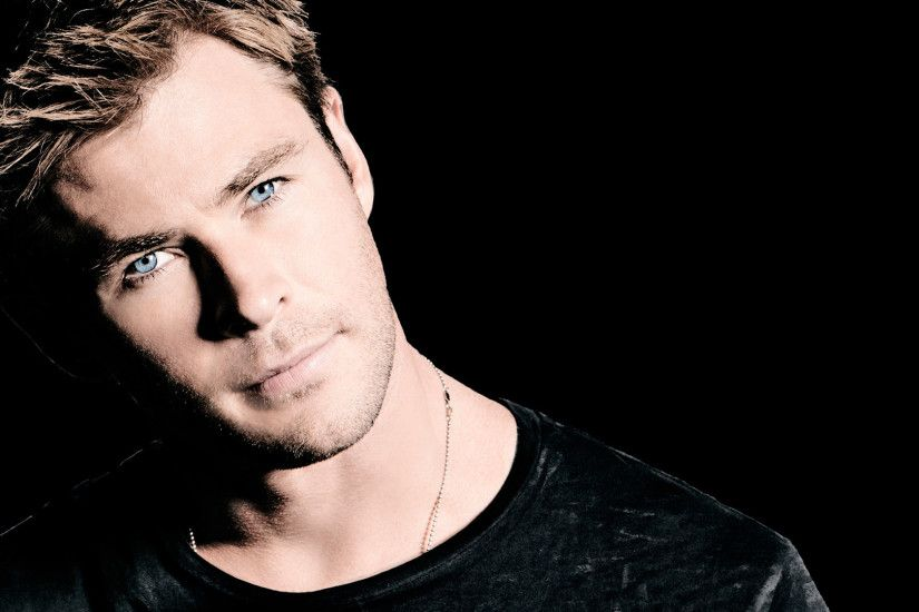 Preview wallpaper chris hemsworth, actor, photo shoot, snl, saturday night  live,
