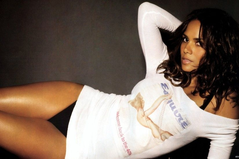 Halle Berry Backgrounds