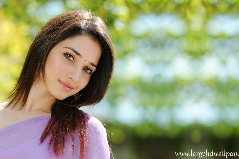 tamanna bhatia Smile Face Look Full HD Images