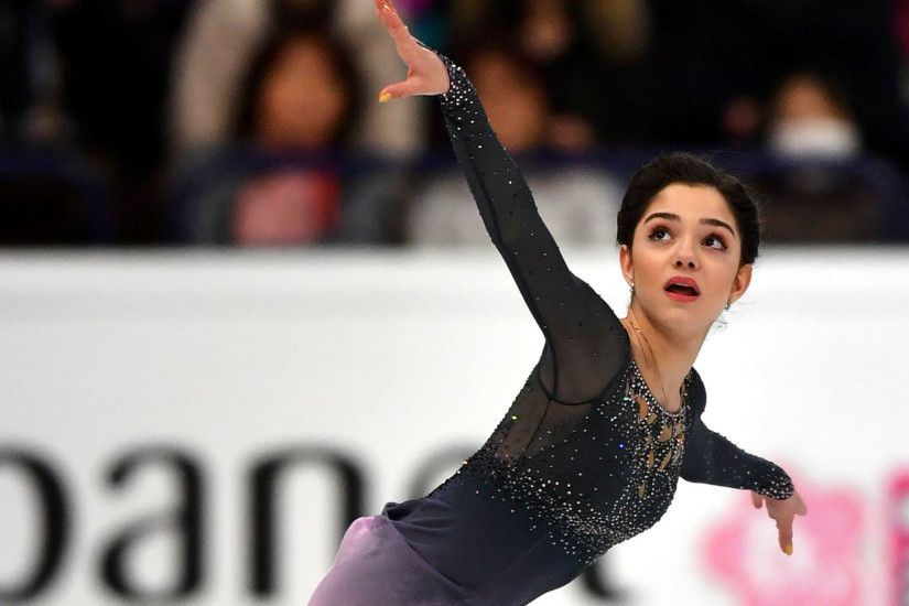 Evgenia Medvedeva repeats as women's figure skating world champion - LA  Times