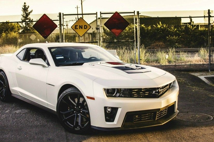 White Chevrolet Camaro ZL1 wallpapers and images - wallpapers .