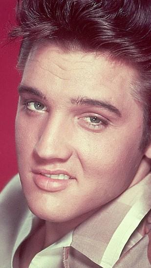 Preview wallpaper elvis presley, smile, face, haircut, eyes 1080x1920