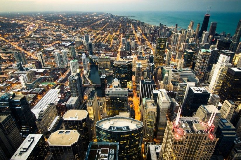 Preview wallpaper chicago, skyline, city lights, coastline 2560x1440