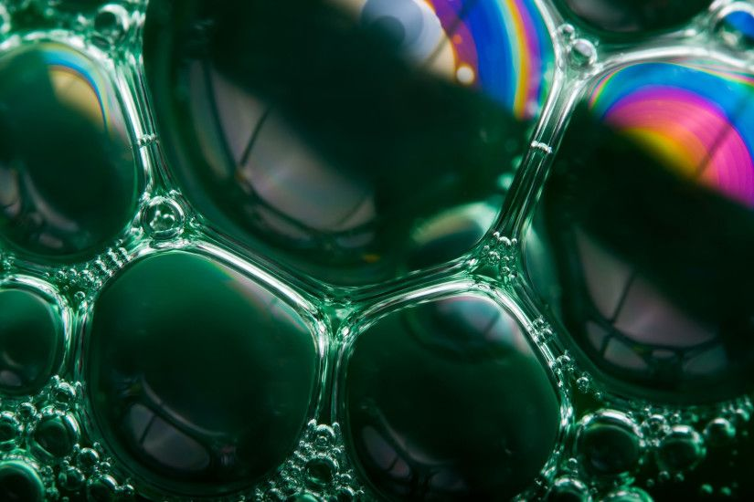 High-resolution desktop wallpaper Soap Bubble Rainbows by paul.charles.k
