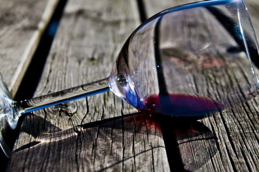 Preview wallpaper wine, glass, drink, red, pier, boards 1920x1080