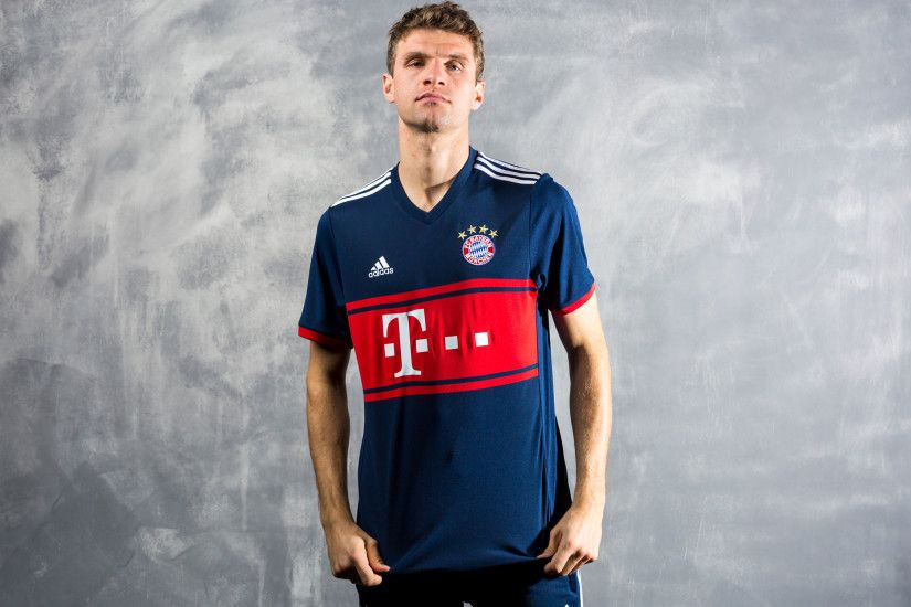 Bayern Munich (Away)