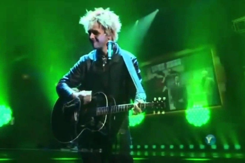 Billie Joe Armstrong - Good Riddance (Time Of Your Life) [Live 2010][HD]