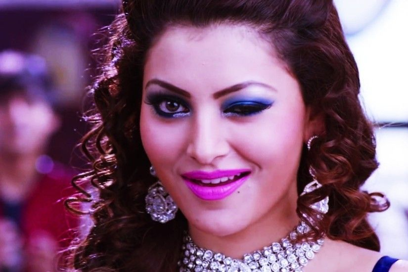 Urvashi Rautela Photos, Images, Pictures, HD Wallpapers
