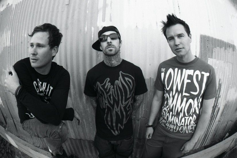 blink punk rock thomas delonge is delong mark hoppus mark hoppus travis  barker travis barker
