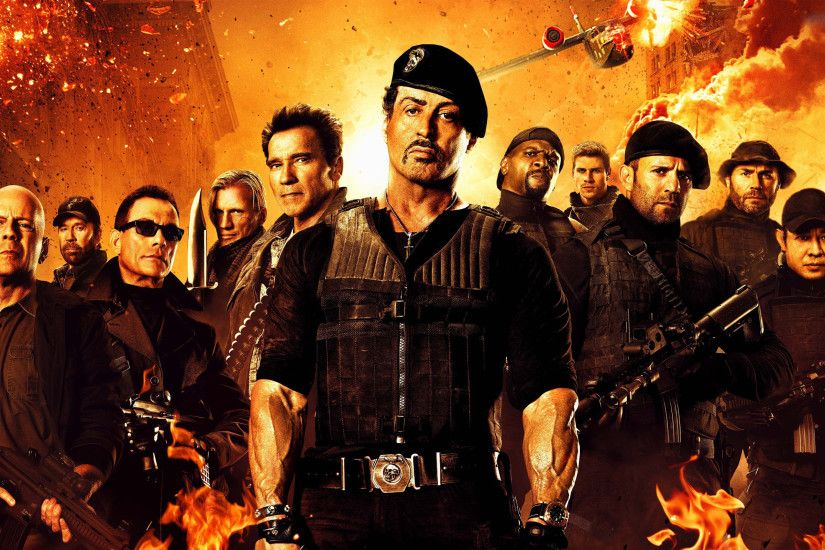 Movie - The Expendables 2 Barney Ross Sylvester Stallone Arnold  Schwarzenegger Trench (The Expendables)