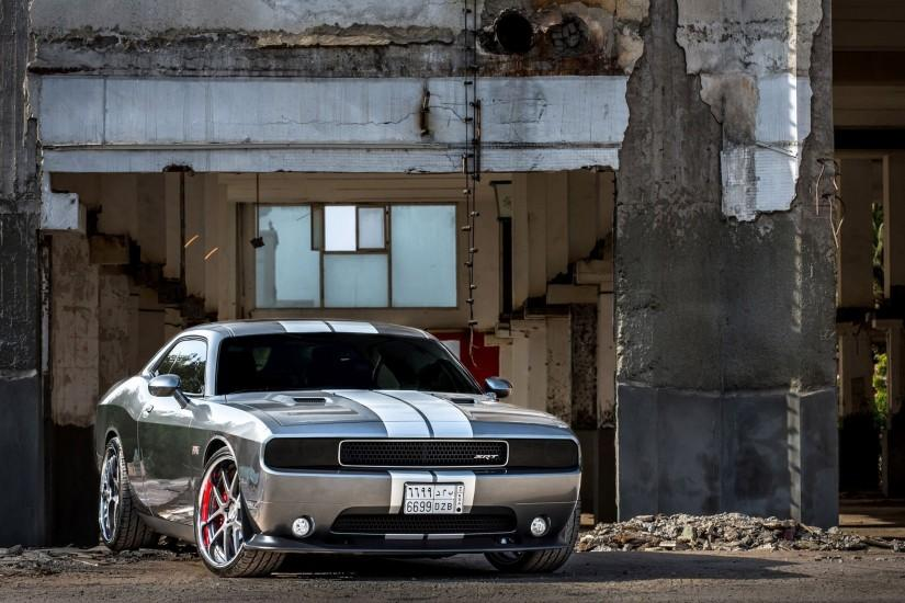 HD Dodge Challenger Photos.
