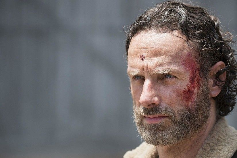 HD Andrew Lincoln as Rick Grimes in The Walking Dead Wallpaper