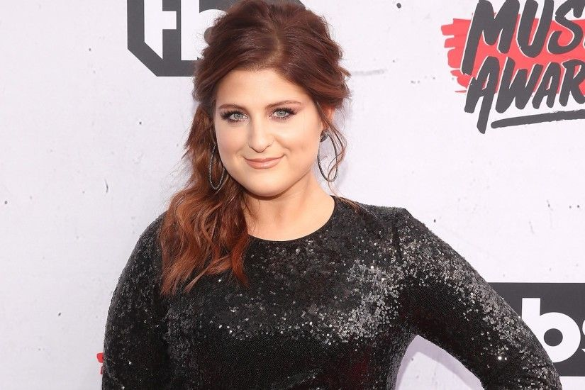 Meghan Trainor Admits She And Charlie Puth Had 'Drunk Makeout Session'  Before AMAs Kiss