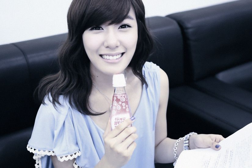 This is a picture of Tiffany Hwang from the Kpop girl band SNSD/Girl's  Generation. | Kpop Girls | Pinterest | Snsd tiffany, SNSD and Kpop girls