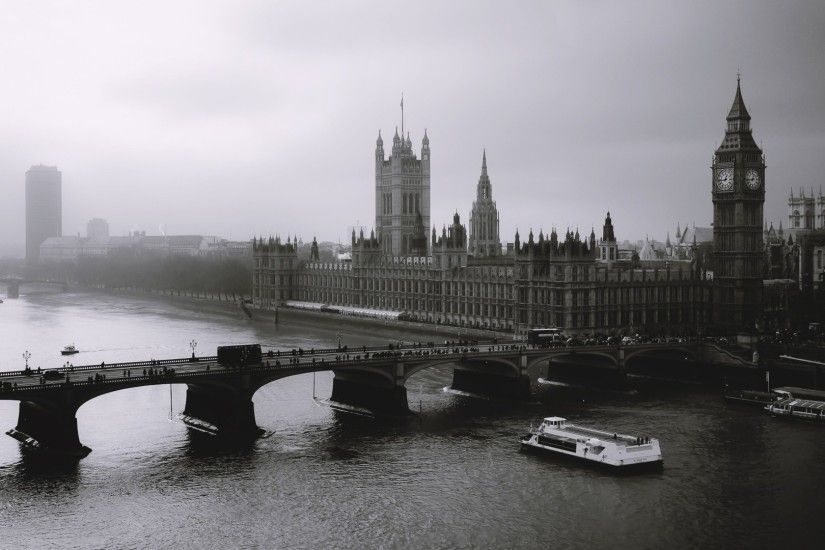 London Bridge Black and White HD Wallpaper