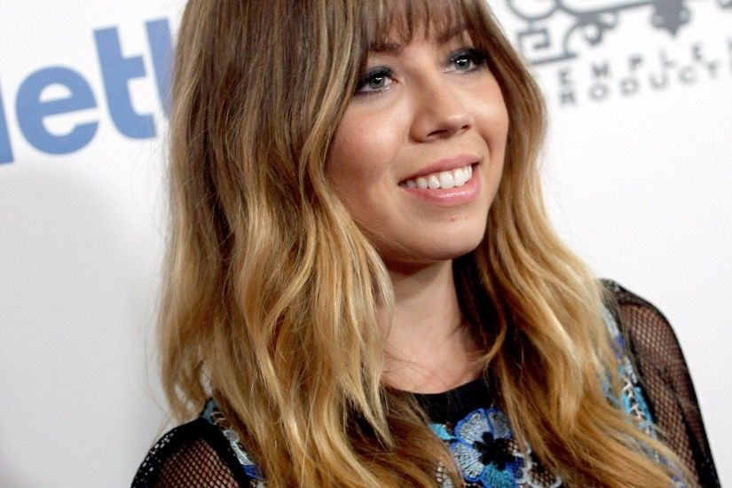 2048x2048 Wallpaper jennette mccurdy, actress, face, smile