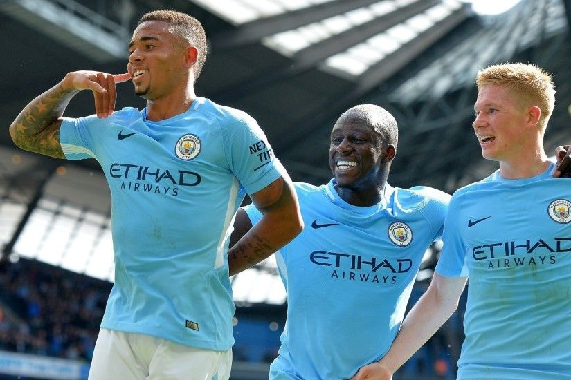 Kevin De Bruyne, Gabriel Jesus lead merciless City to Liverpool rout