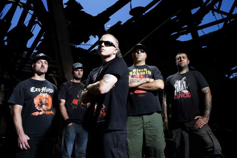 1920x1080 Wallpaper hatebreed, t-shirts, house, roof, glasses
