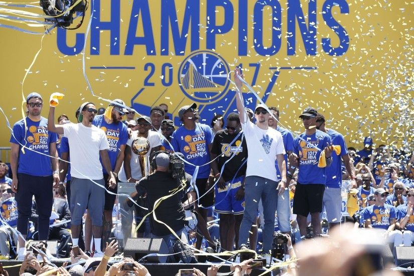 The Golden State Warriors celebrate during the Warriors