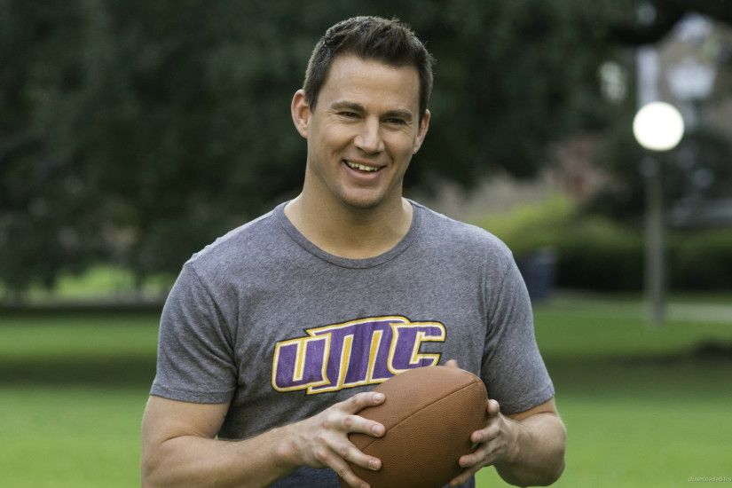 22 Jump Street Channing Tatum With A Ball picture