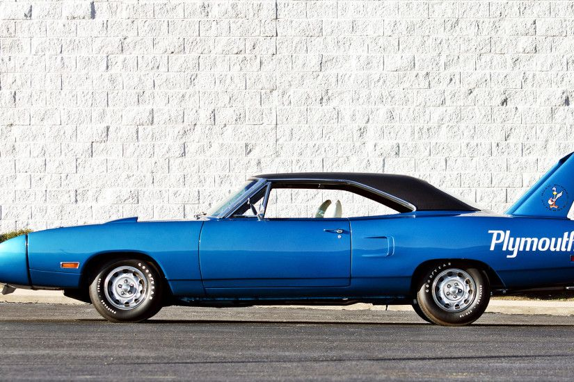 1970 Plymouth Road Runner Superbird picture