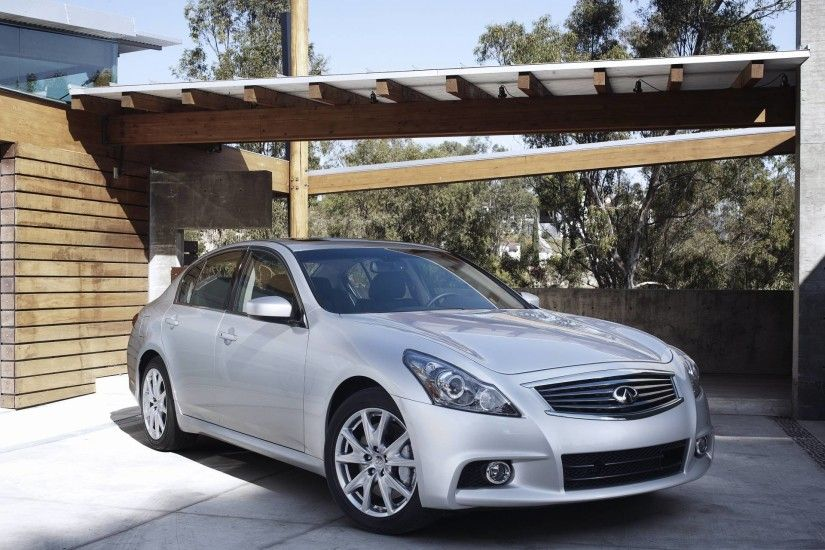 2013 Infiniti G37 Wallpapers