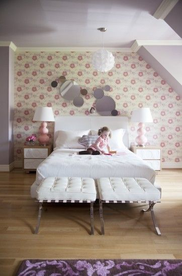 accent-wall-with-wallpaper-ideas-for-little-girls-