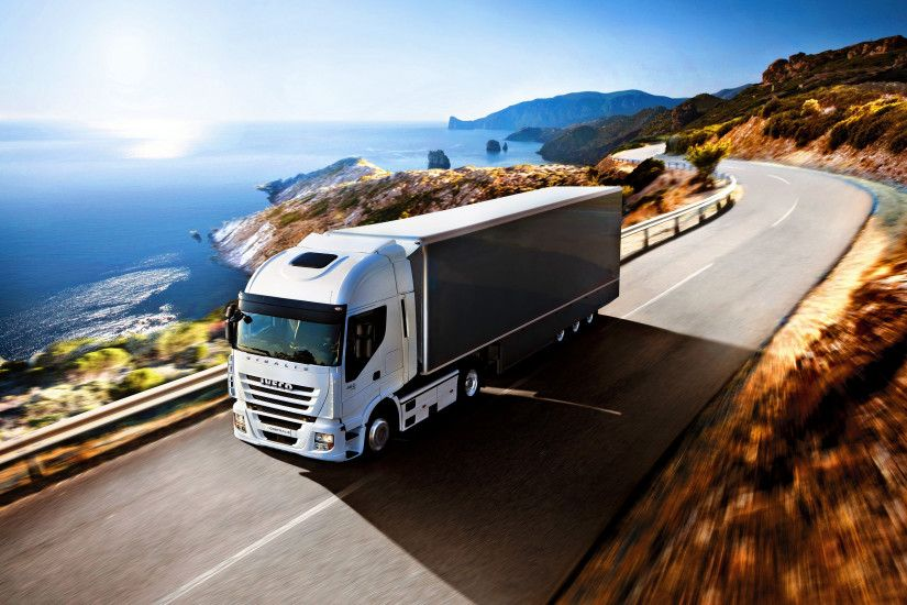 IVECO-stralis-truck-wallpaper