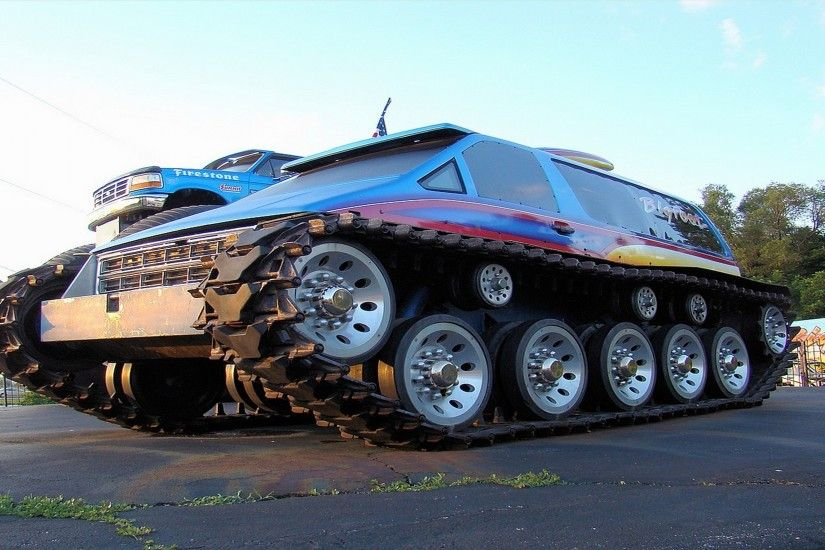 photes of monster trucks | Awesome Monster Truck HD Wallpaper